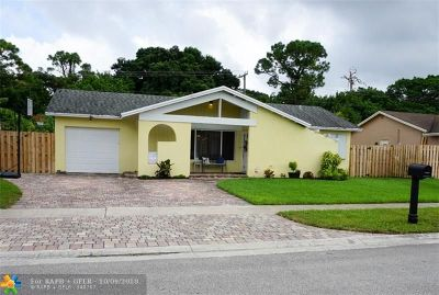 Boca Raton Single Family Home For Sale: 22672 SW 54th Ave
