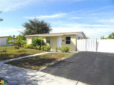 Pompano Beach Single Family Home For Sale: 4321 NE 6th Ave