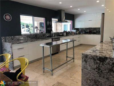 Boca Raton Single Family Home For Sale: 430 NW Spanish River Blvd