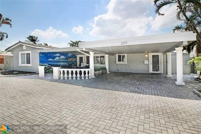 Wilton Manors Single Family Home For Sale: 2217 NE 19th Av