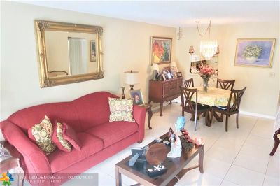 Margate Condo/Townhouse For Sale: 3070 Holiday Springs Blvd #201
