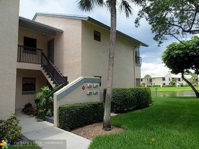 Coconut Creek Condo/Townhouse For Sale: 3727 NW 35th St #3727
