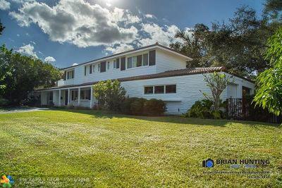 Miami Single Family Home For Sale: 8630 NE 10th Ct