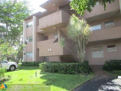 Tamarac Condo/Townhouse For Sale: 8350 Sands Point Blvd #E101