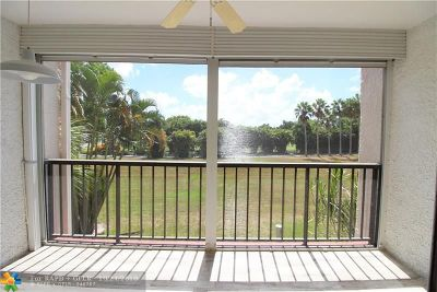 Lake Worth Condo/Townhouse For Sale: 4411 Trevi Ct #206