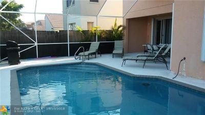 Boynton Beach Single Family Home For Sale: 7132 Chesapeake Cir
