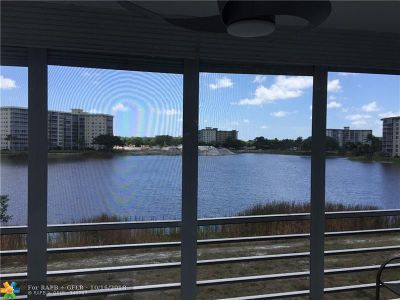 Pompano Beach Condo/Townhouse For Sale: 3091 N Course Dr #310