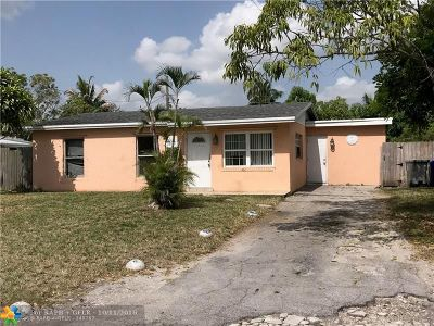 Pompano Beach Single Family Home For Sale: 2231 NE 2nd Ave