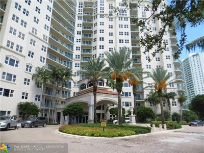 Aventura Condo/Townhouse For Sale: 19900 E Country Club Dr #307