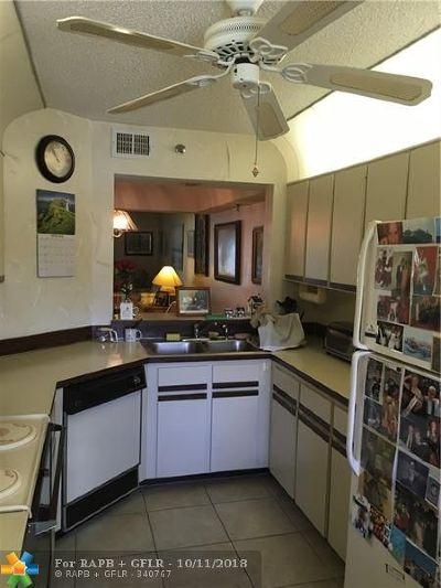 Boca Raton Condo/Townhouse For Sale: 23344 Carolwood Ln #6203