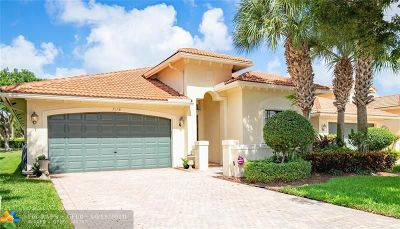Boynton Beach Single Family Home For Sale: 7158 Boscanni Dr
