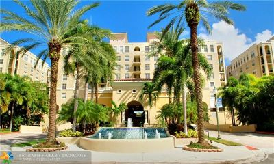 Broward County , Palm Beach County Condo/Townhouse For Sale: 520 SE 5th Ave #2501