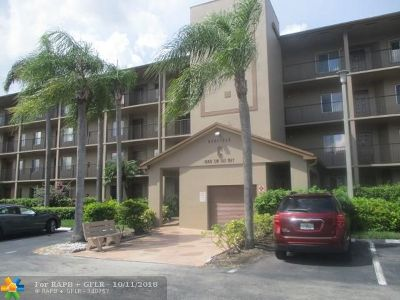 Pembroke Pines Condo/Townhouse For Sale: 1600 SW 127th Way #405C