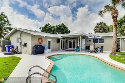Pompano Beach Single Family Home For Sale: 221 SE 8th St