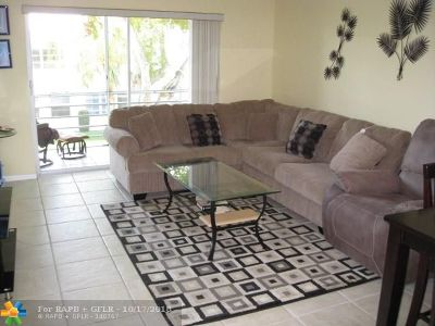 Pompano Beach Condo/Townhouse For Sale: 2501 W Golf Bl #235