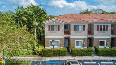 Tamarac Condo/Townhouse Backup Contract-Call LA: 4413 Woodland Cir #4413