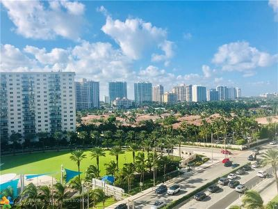 Sunny Isles Beach Condo/Townhouse For Sale: 19201 Collins Ave #836