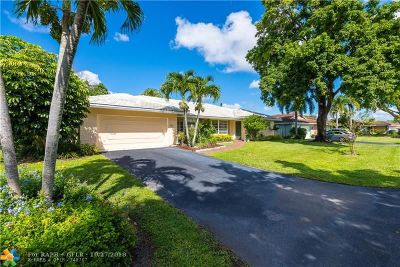 Coral Springs Single Family Home For Sale: 9841 NW 37th St