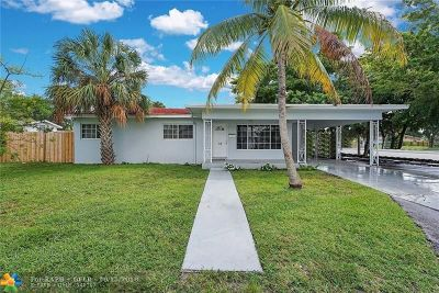 Pompano Beach Single Family Home For Sale: 10 SE 8th St