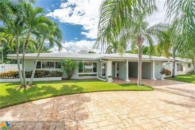 Lighthouse Point Single Family Home For Sale: 2240 NE 41st St