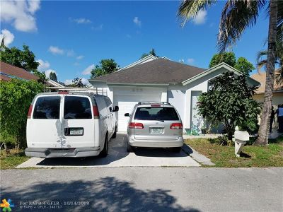 North Lauderdale Single Family Home For Sale: 916 Magnolia Ave
