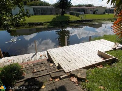 Coconut Creek Single Family Home For Sale: 3910 NW 11th St