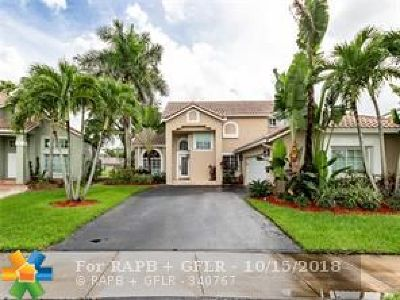 Weston Single Family Home For Sale: 1070 Capistrano