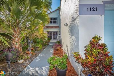Plantation Single Family Home For Sale: 1121 NW 111th Ave