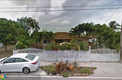 Miami Single Family Home For Sale: 2120 NW 87th St