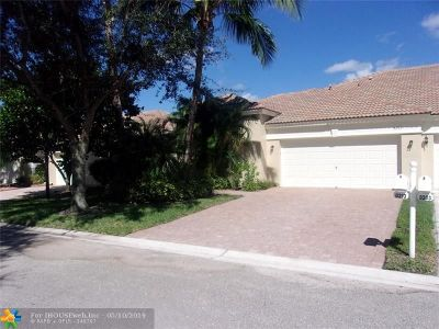 West Palm Beach Condo/Townhouse For Sale: 8213 Manjack Cay