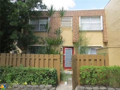 Sunrise Condo/Townhouse For Sale: 3731 NW 95th Ter #1601