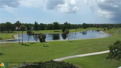 Pompano Beach FL Condo/Townhouse For Sale: $248,500