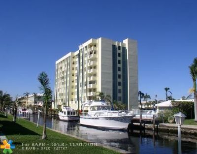 Pompano Beach Condo/Townhouse For Sale: 3210 SE 10th St #5F