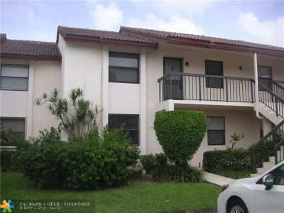 Boca Raton Condo/Townhouse For Sale: 22088 Palms Way #205
