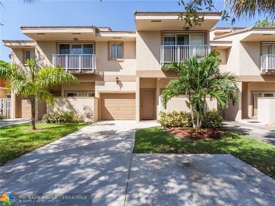 Coral Springs Condo/Townhouse For Sale: 4272 NW 114th Ter #(B)-4272