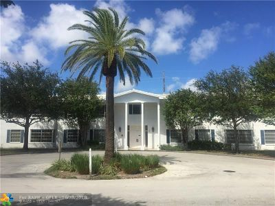 Pompano Beach FL Condo/Townhouse For Sale: $118,000