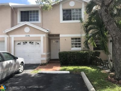 Cooper City Condo/Townhouse For Sale: 12146 SW 49th Ct #.