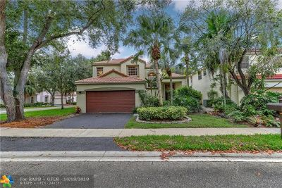 Plantation Single Family Home For Sale: 10300 NW 11th Ct