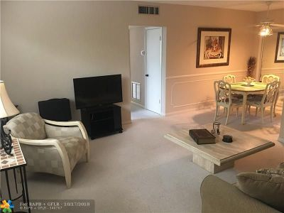 Pompano Beach FL Condo/Townhouse For Sale: $70,000