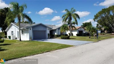 Tamarac Single Family Home For Sale: 7025 NW 103rd Ave