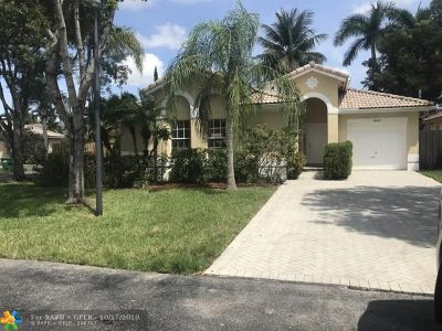 Miami Single Family Home For Sale: 14121 SW 154th Ct