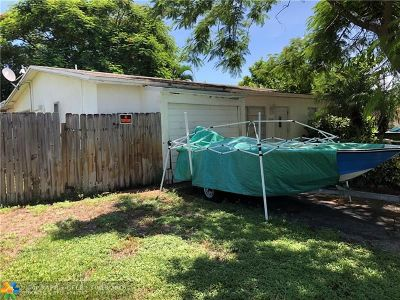 Pompano Beach FL Single Family Home For Sale: $149,000