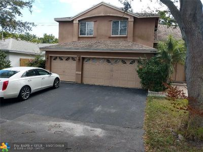 Coconut Creek Single Family Home For Sale: 4756 NW 14th St