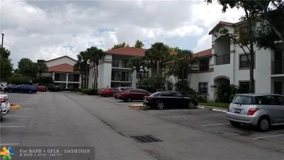 Hollywood Condo/Townhouse For Sale: 560 S Park Rd #18-7