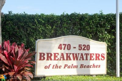 West Palm Beach Condo/Townhouse For Sale: 500 Executive Center Dr #1-N