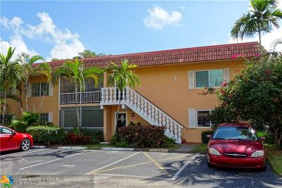 Wilton Manors Condo/Townhouse For Sale: 1940 NE 2nd Ave #117J