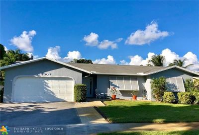 Davie Single Family Home For Sale: 8007 SW 30th St