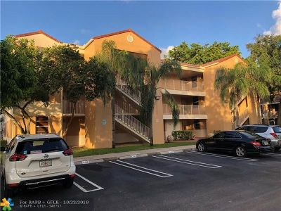Coral Springs Condo/Townhouse For Sale: 8282 NW 24th St #8282