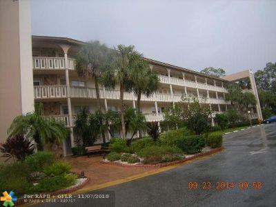 Coconut Creek Condo/Townhouse Backup Contract-Call LA: 2504 W Antigua Ter #L3