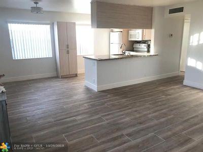 Delray Beach Condo/Townhouse For Sale: 574 Normandy L #574